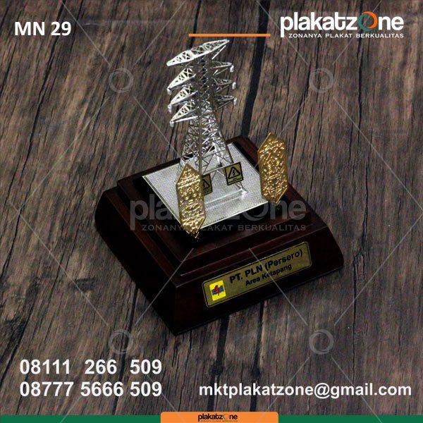 miniatur tower PLN