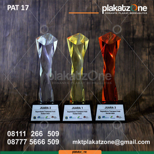 Piala Penghargaan Sayembara Transport Hub Dukuh Atas