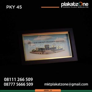 Frame Kayu Politeknik Ilmu Pelayaran Makassar