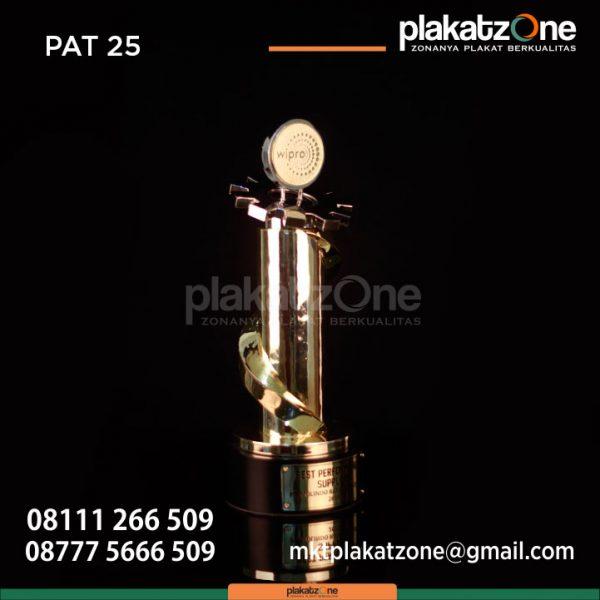 Piala Best Performance Suplier PT Molindo Raya Industrial 2019